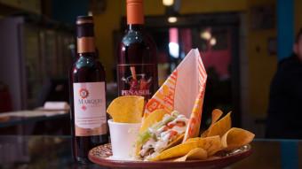 Tacos y vino